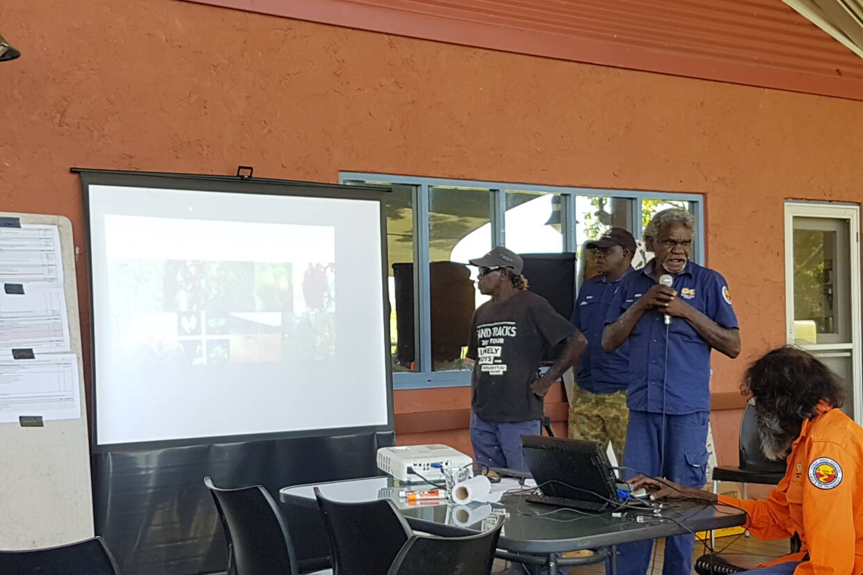 Yugul Mangi Ranger Clarry Rogers presents at the Arnhem Land Fire Abatement (ALFA) meeting this week in Nitmiluk National Park.